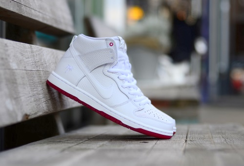buy popular ebdd0 d06ef Nike SB Zoom Dunk High Pro (Kevin Bradley) QS White White-University Red