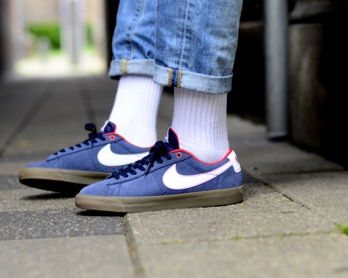 big sale 79f83 f61e5 Nike SB Blazer Low GT Obsidian White University Red Gum .